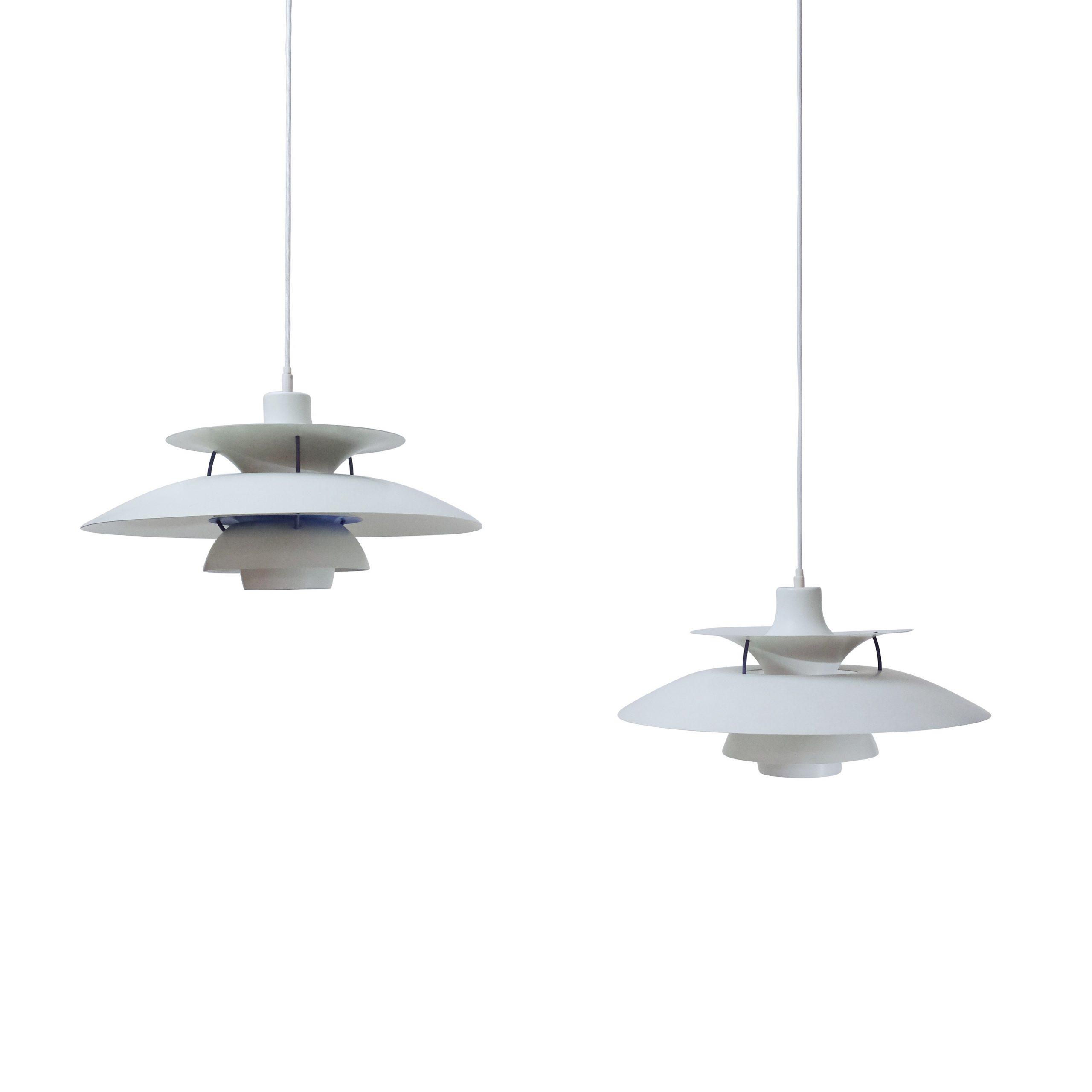 Vintage White Poul Henningsen PH5 Lamp Metal 1960s Symple Design