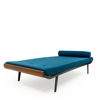 Cleopatra daybed by Auping
