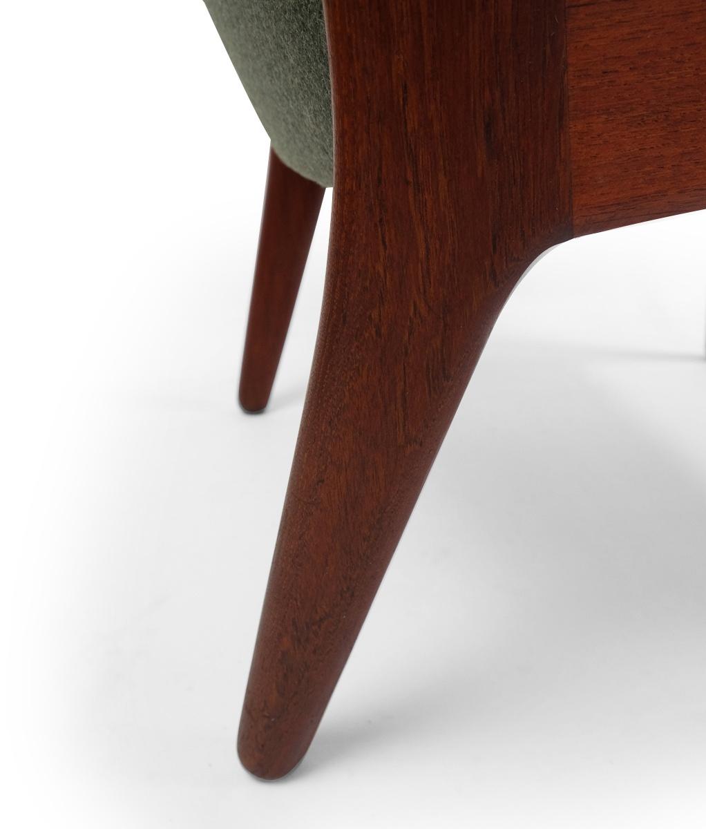 Vintage Hans Wegner AP16 Chaises