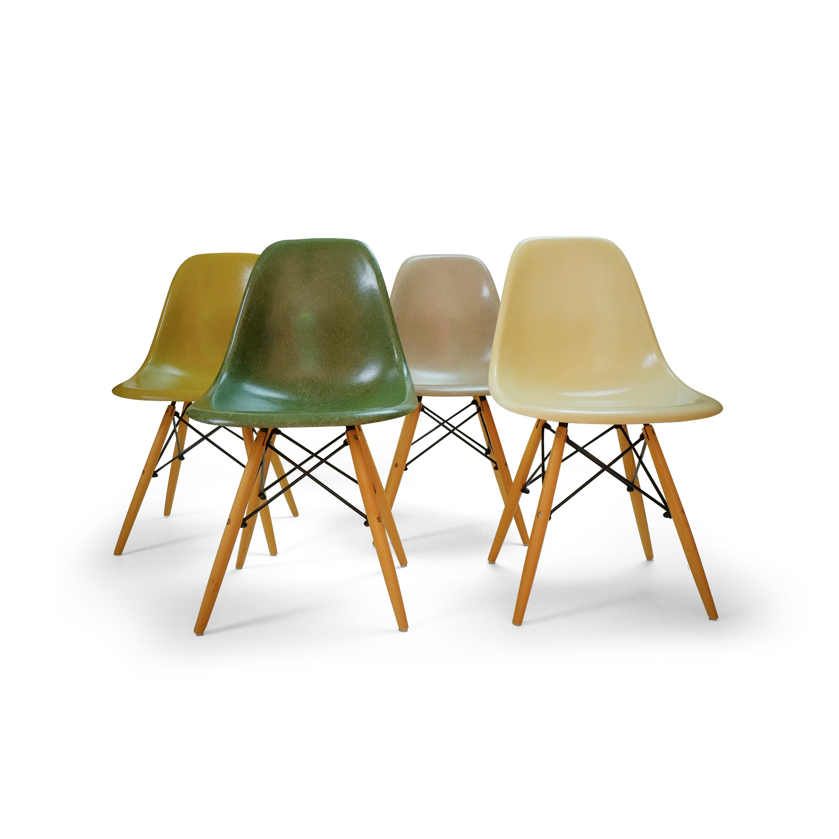 Vintage DSW Fiber Chairs by Charles & Eames for Herman Miller, Set of 4