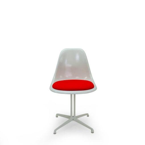 Vintage Eames Side Chair with Kvadrat Hallingdal seat and metal la fonda base for sale at Symple Design Suisse Vintage