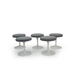 Knoll Saarinen Pedastal Series Stools in Grey wool. Mobilier Vintage Lausanne