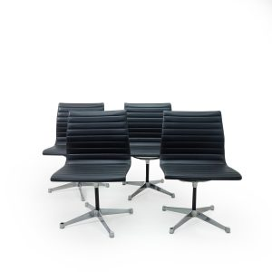 Vitra Herman Miller Side Chair in Black Leather Vintage