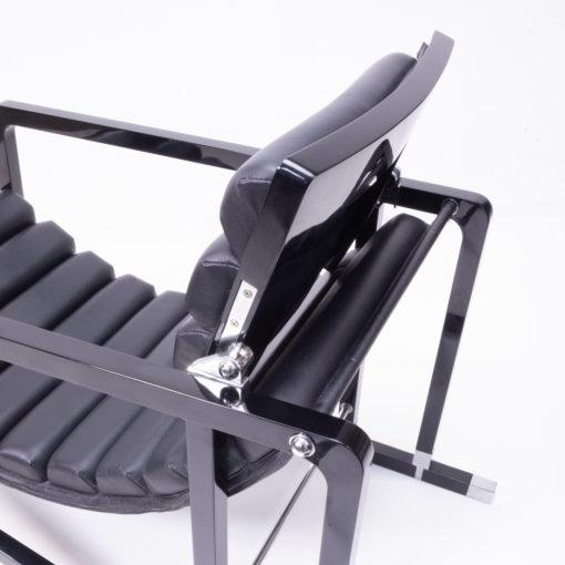 Eileen Gray Black wood and Leather Lounge Chair, Transat 1980s, Ecart International