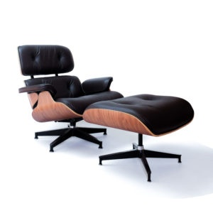 Herman Miller Eames Lounge Chair and Ottoman, in WALNUT with black leather