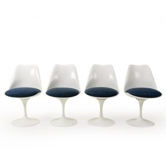 Knoll Saarinen Tulip Chairs Blue Velvet
